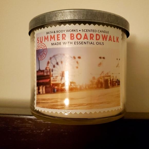 Bath & Body Works Summer Boardwalk 3 Wick Candle